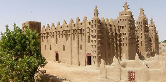 Great Mosque of Djenne in Mali                       ( Photo Credit: en.wikipedia.org )